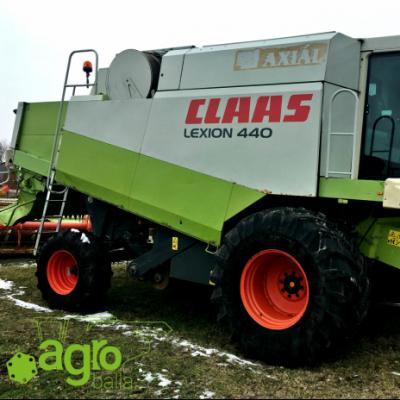 2002 CLAAS LEXION 440